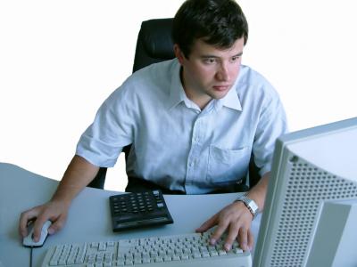 man-desktop2